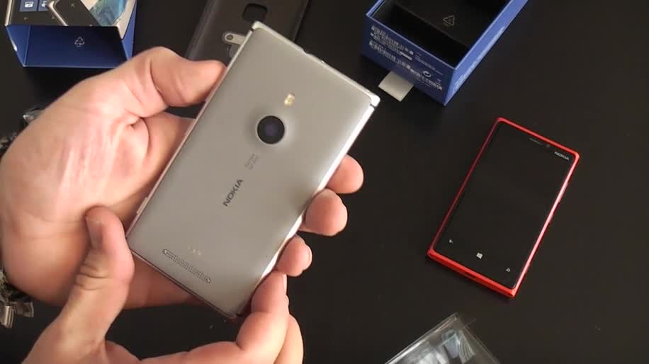 Microsoft, Smartphone, Windows Phone, Nokia, Windows Phone 8, Handy, Lumia, Hands-On, Nokia Lumia, WP8, Vergleich, Nokia Lumia 920, Unboxing, Lumia 920, Nokia Lumia 925, Lumia 925, Handson