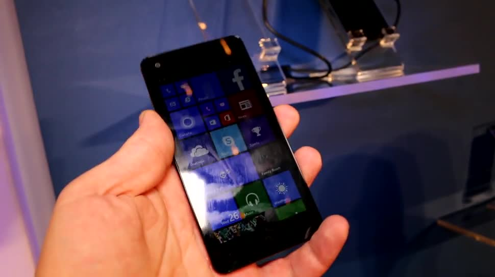 Smartphone, Windows Phone, Quadcore, Windows Phone 8.1, Computex, Oem, 720p, Qualcomm Snapdragon 400, Computex 2014, Yezz Billy 4.7
