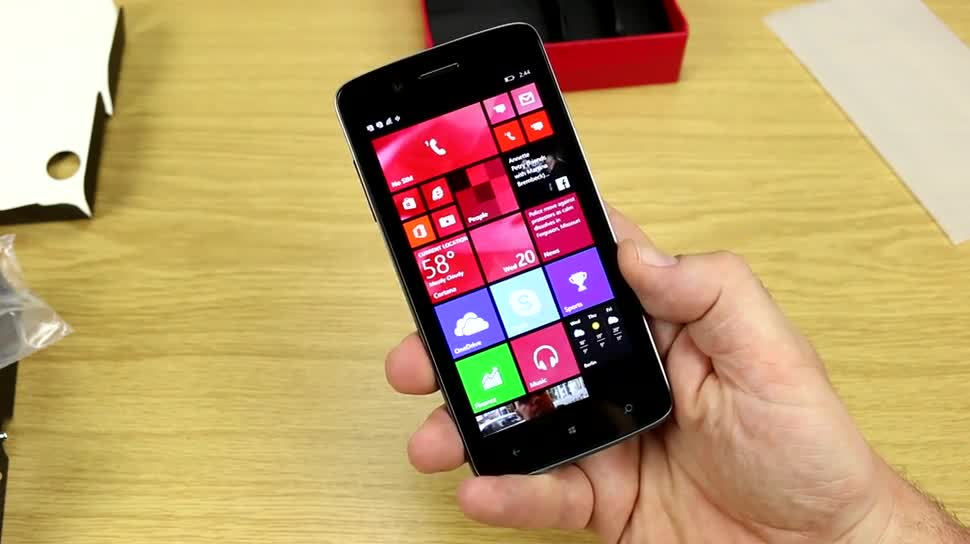 Smartphone, Windows Phone 8.1, Prestigio, Prestigio MultiPhone 8500 DUO