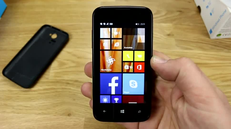 Smartphone, Windows Phone, Quadcore, Windows Phone 8.1, Hands on, Archos, Unboxing, Qualcomm Snapdragon 200, Archos 40 Cesium, MSM8212