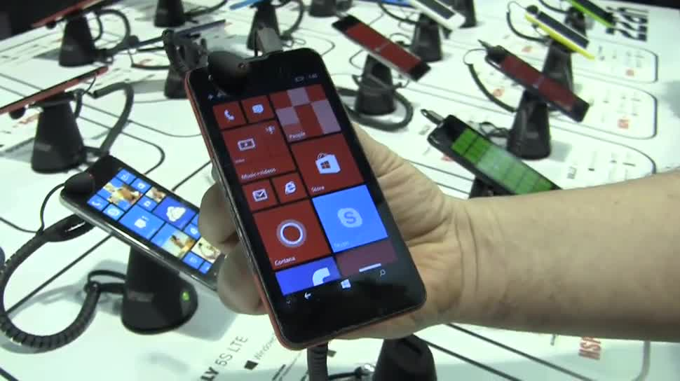 Smartphone, Windows 10, Windows Phone, Hands-On, Ces, Ces 2015, Yezz Mobile, Yezz Billy 5S LTE