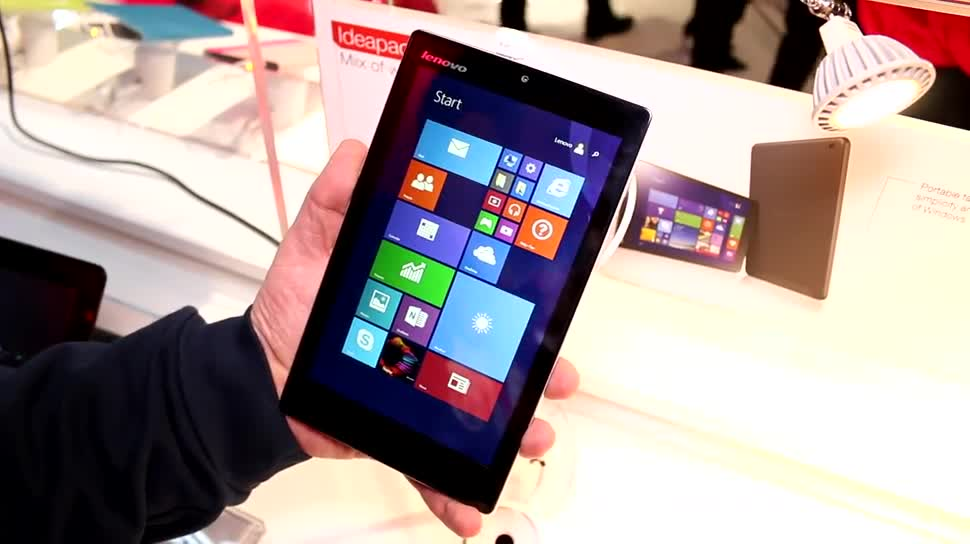 Lenovo, Hands-On, Mwc, Intel Atom, MWC 2015, Bay Trail, Mobile World Congress 2015, Miix 300, Lenovo Ideapad Miix 300