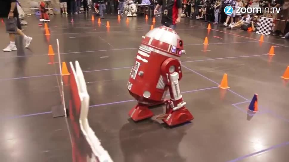 Zoomin, Roboter, Star Wars, Wettbewerb, Disney, Kalifornien, Lucasfilm, Androiden, Convention, Star Wars Convention, Anaheim, Anaheim Convention Center, R2D2