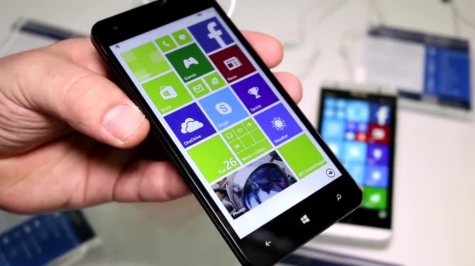 Microsoft, Smartphone, Betriebssystem, Windows, Windows 10, Windows 10 Mobile, Windows Phone 8.1, Computex, Computex 2015, Mouse Computer, Madosma