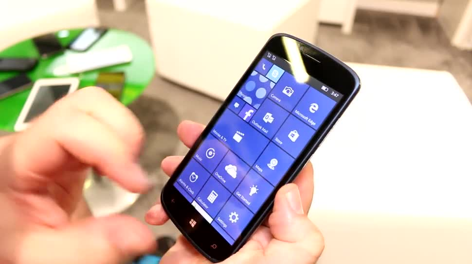 Smartphone, Windows Phone, Windows 10 Mobile, Lumia, Hands-On, Ifa, IFA 2015, Archos, Einsteiger-Smartphone, Archos 50 Cesium
