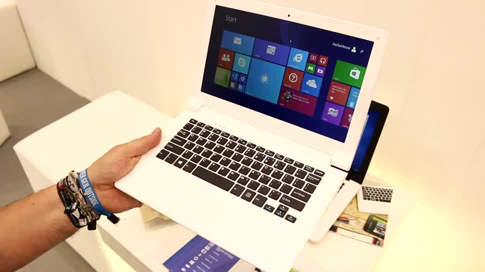 Windows 10, Notebook, Intel, Laptop, Quadcore, Hands-On, Akku, Ifa, Hands on, Netbook, IFA 2015, Odys, Mini-Notebook, Cloudbook, Trendbook, Odys Trendbook 12