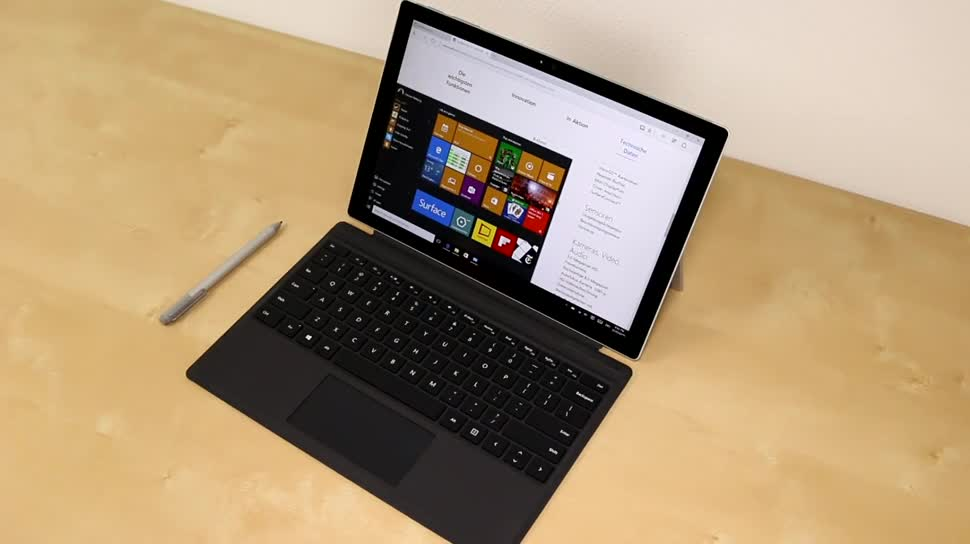 Microsoft, Tablet, Windows 10, Surface, Microsoft Surface, Display, Hands-On, Test, Tastatur, Hands on, Surface Pro, 2-in-1, Microsoft Surface Pro, Stylus, Surface Tablet, Review, Surface Pro 4, Microsoft Surface Pro 4, Skylake, Type Cover, Surface Pen, Keyboard-Dock, Type Cover 4, Intel Core i5-6300U