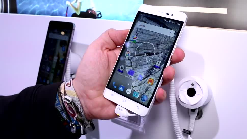 Smartphone, Android, Mwc, Medion, Mwc 2016, S5504
