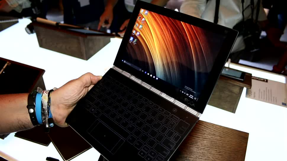Tablet, Windows 10, Notebook, Laptop, Lenovo, Hands-On, Ifa, Hands on, 2-in-1, Convertible, IFA 2016, Lenovo Yoga Book, Yoga Book