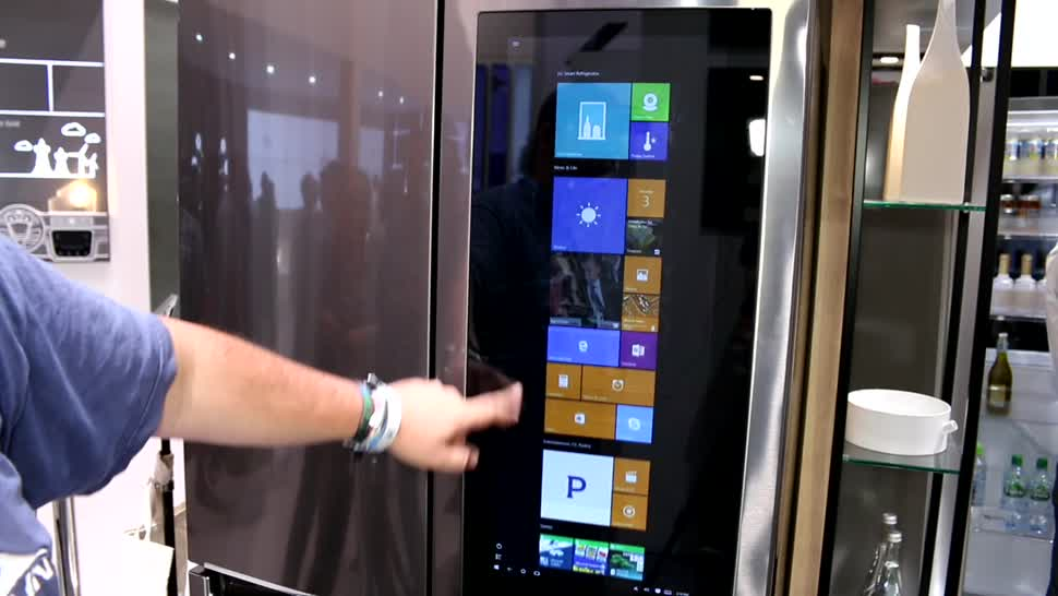 LG IFA-Highlights: Windows-10-Kühlschrank im Hands-on
