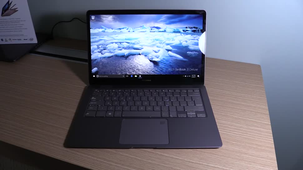 Windows 10, Notebook, Laptop, Ces, Hands-On, Hands on, CES 2017, NewGadgets, Johannes Knapp, Asus Zenbook, Asus zenbook 3, ZenBook 3 Deluxe, Asus Zenbook 3 Deluxe
