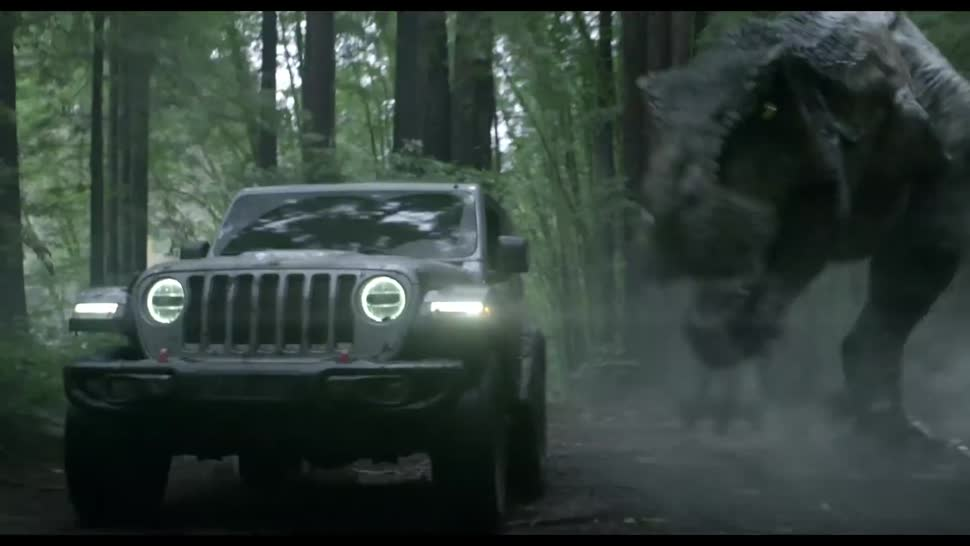 Super Bowl 2018: Jeff Goldblum träumt im Jeep vom T-Rex