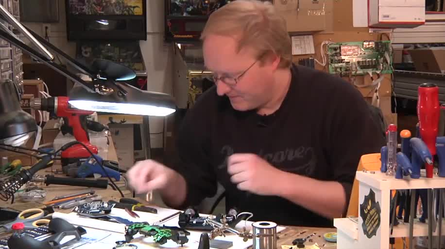 Trailer, Sony, PlayStation 4, PS4, Controller, Modding, The Ben Heck Show