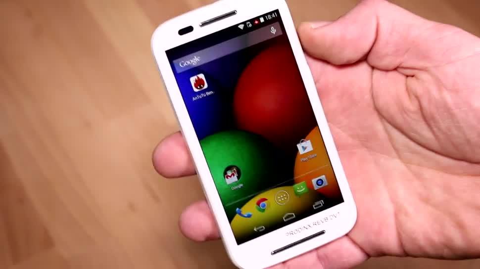 Smartphone, Android, Motorola, Motorola Mobility, KitKat, günstig, Dualcore, Einsteiger, Billig, Low-End, Android 4.4.2, Moto E, Motorola Moto E, Qualcomm Snapdragon 200, Budget