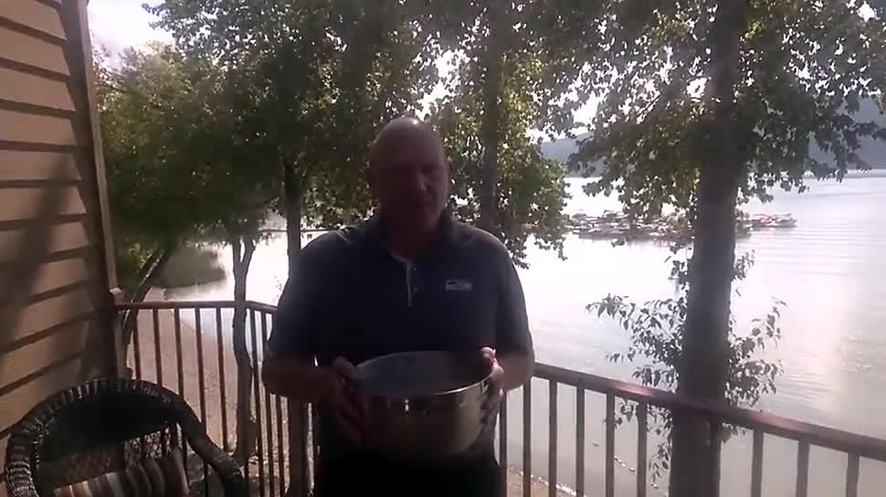 Microsoft, Steve Ballmer, IceBucketChallenge, kurios, ALS