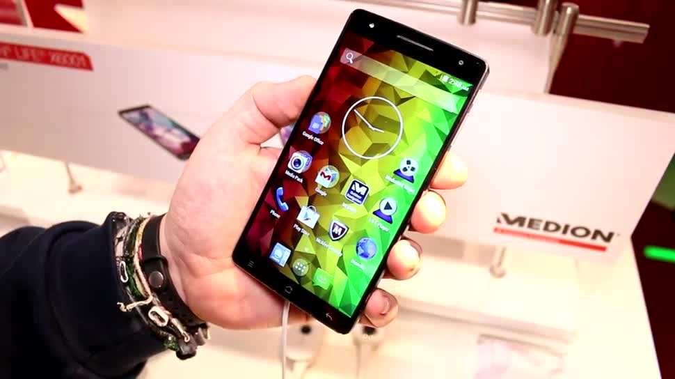 Smartphone, Test, Hands-On, Mwc, Mobile World Congress, Phablet, Medion, MWC 2015, Medion Life X6001, Phablets, Life X6001