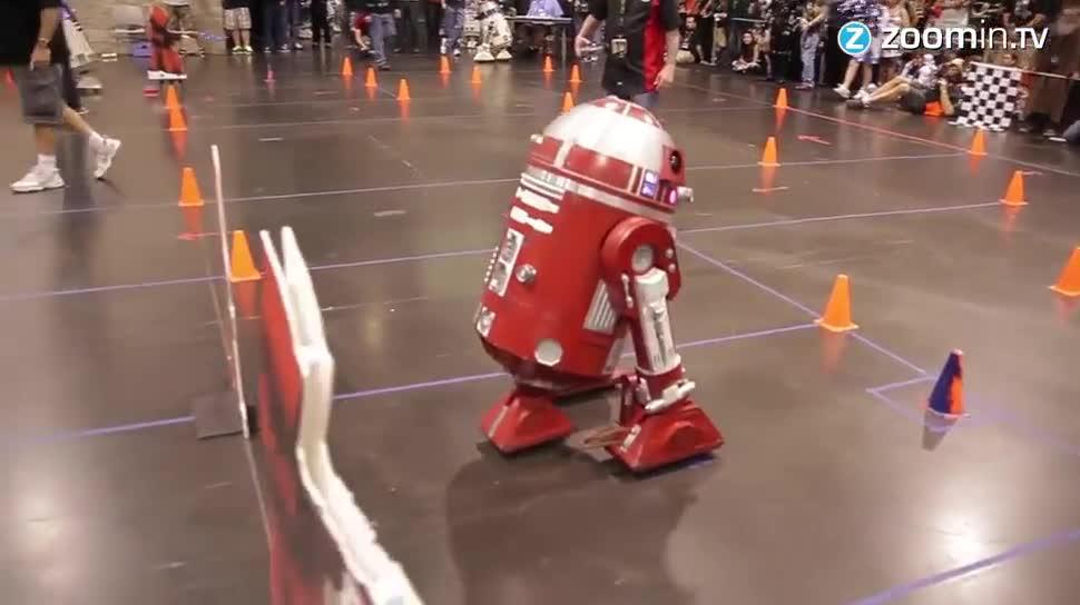 Zoomin, Roboter, Star Wars, Wettbewerb, Disney, Kalifornien, Lucasfilm, Androiden, Convention, Star Wars Convention, Anaheim, Anaheim Convention Center, R2D2