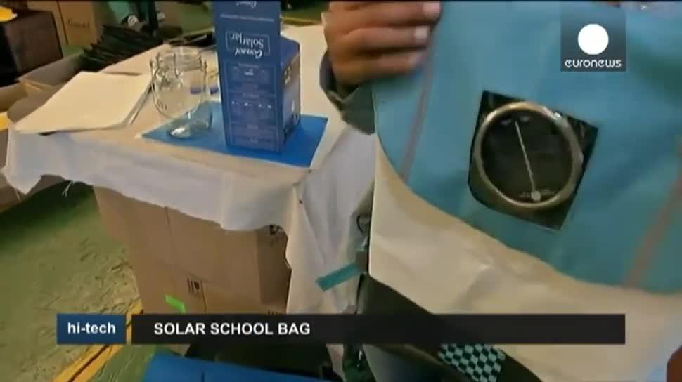 Energie, EuroNews, Afrika, Solar, Solarzelle, Solarenergie, Schulranzen, Repurposed Schoolbags
