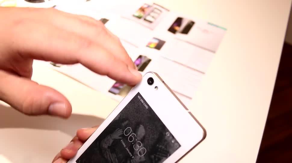 Smartphone, Hands-On, Ifa, E-Ink, IFA 2015, E-Paper, YotaPhone, Siswoo R9 Darkmoon, Siswoo