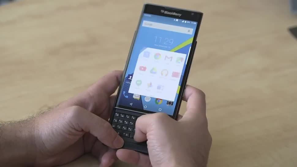 Smartphone, Hands-On, Hands on, Blackberry, Lollipop, Android 5.1, Slider, Priv, BlackBerry Priv, Priv by BlackBerry