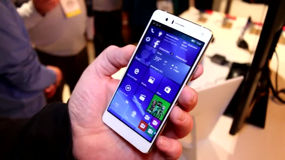 Smartphone, Windows 10, Windows 10 Mobile, Ces, CES 2016, BVC, Coship Moly X5