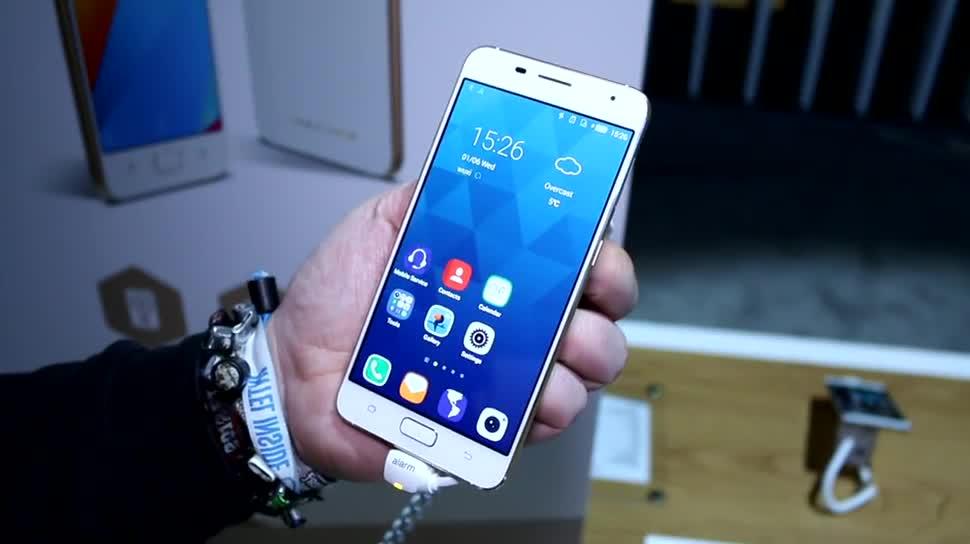 Smartphone, Android, Ces, CES 2016, Hisense, A1