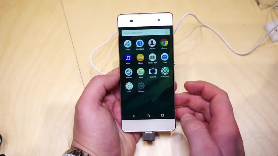 Smartphone, Android, Sony, Hands-On, Mwc, Xperia, Daniil Matzkuhn, Mwc 2016, tblt, Xperia XA, Sony Xperia XA
