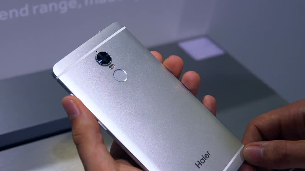 Smartphone, Android, Hands-On, Ifa, ValueTech, IFA 2016, Haier, Haier Voyage v6, Voyage v6