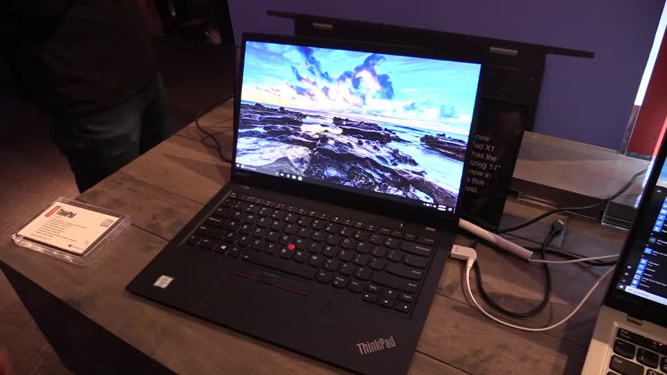 Notebook, Laptop, Lenovo, Hands-On, Ces, Hands on, NewGadgets, Thinkpad, Johannes Knapp, CES 2017, Lenovo ThinkPad, Lenovo ThinkPad X1 Carbon, ThinkPad X1, ThinkPad X1 Carbon, Lenovo ThinkPad X1