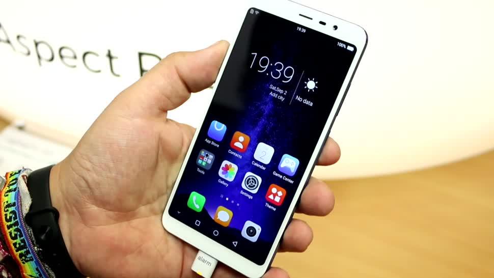 Smartphone, Android, Ifa, IFA 2017, Hisense, Infinity h11