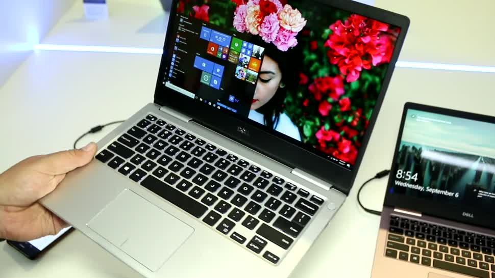Notebook, Intel, Laptop, Test, Hands-On, Quadcore, Ifa, Dell, Hands on, Full Hd, Review, IFA 2017, Dell XPS 13, Clamshell, Intel Core i5-8250U, Intel Core i7-8550U, Inspiron, Dell Inspiron, Dell Inspiron 13 7000, Dell Inspiron 13, Dell Inspiron 13 7370