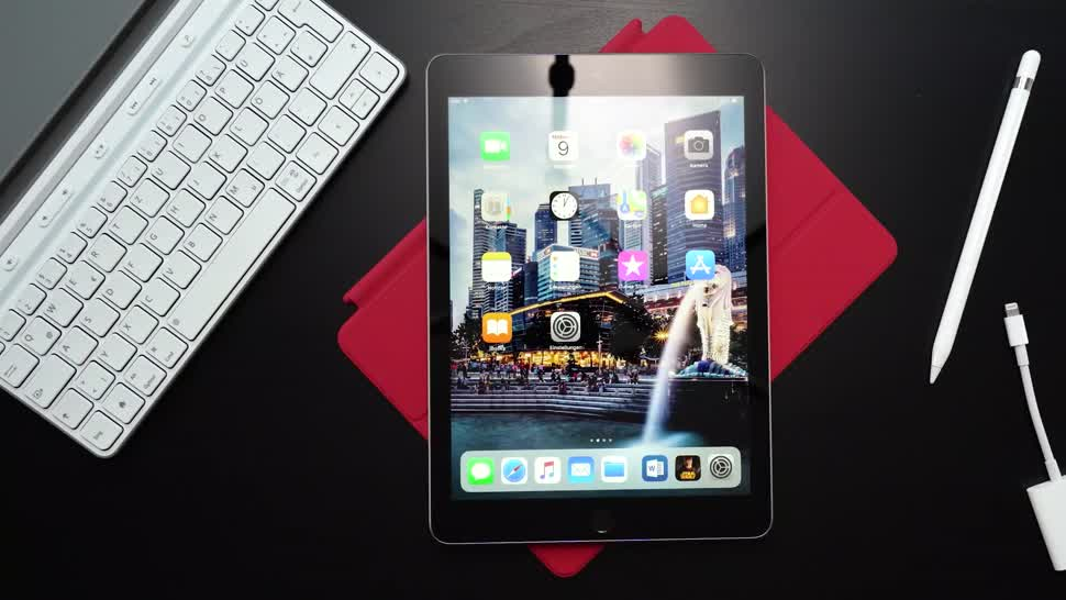 apple ipad 2018 im test so gut ist das 39 billig tablet. Black Bedroom Furniture Sets. Home Design Ideas