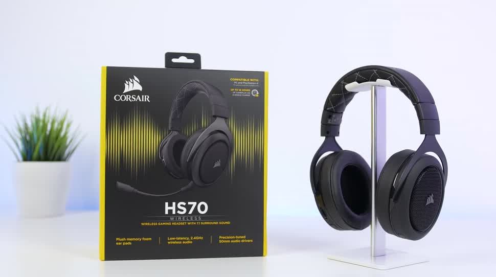 kabelloses headset f r gamer das corsair hs70 berzeugt. Black Bedroom Furniture Sets. Home Design Ideas