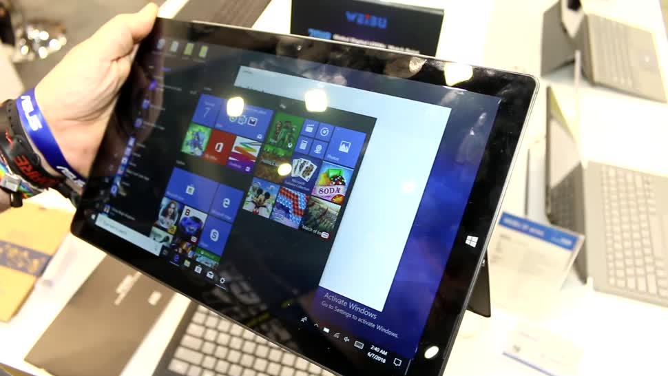 Windows 10, Tablet, Surface, Hands-On, Hands on, Computex, Roland Quandt, Computex 2018, Trekstor, Volks-Tablet, Trekstor Primetab T13B