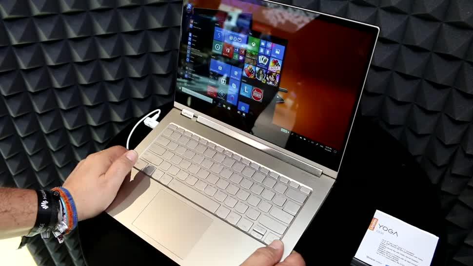 Windows 10, Notebook, Laptop, Lenovo, Test, Hands-On, Quadcore, Ifa, Hands on, Full Hd, Stylus, Review, Stift, PEN, IFA 2018, Yoga, 4K-Display, Intel Core i7-8550U, Intel Core i5-8250U, Lenovo Yoga C930, C930