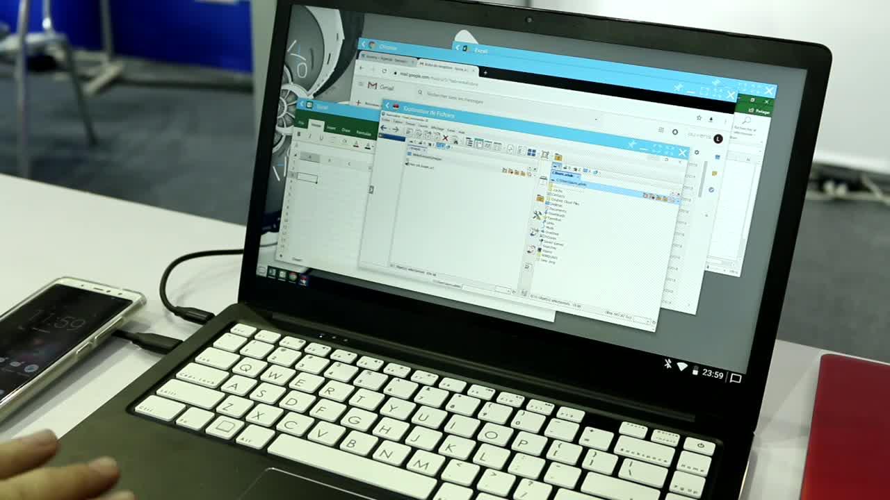 Smartphone, Betriebssystem, Windows, App, Desktop, Benutzeroberfläche, x86, Programm, Multitasking, Fenster, rdp, Auxens, Oxi, Android-Desktop