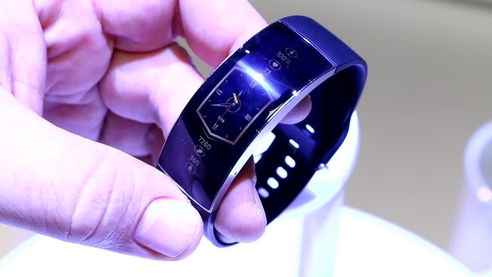 Display, Test, smartwatch, Hands-On, Preis, Akku, Ifa, Xiaomi, Hands on, Uhr, OLED, Armbanduhr, Termin, Fitness-Tracker, Wearable, Fitness, IFA 2019, flexibel, curved, Amazfit, Amazfit X