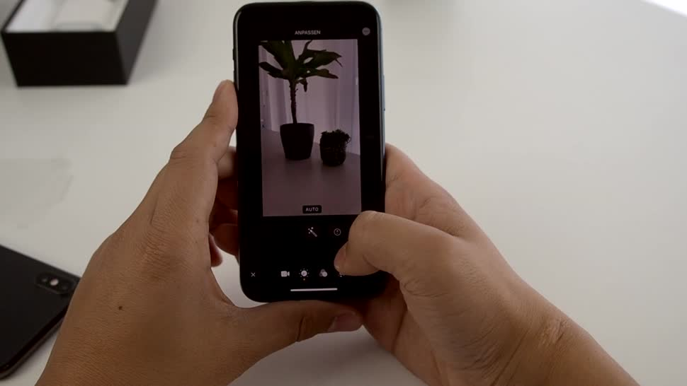 Smartphone, Apple, Iphone, Unboxing, iPhone 11, tblt, iPhone 11 Pro, Tim To, Apple iPhone 11 Pro, Apple iPhone 11
