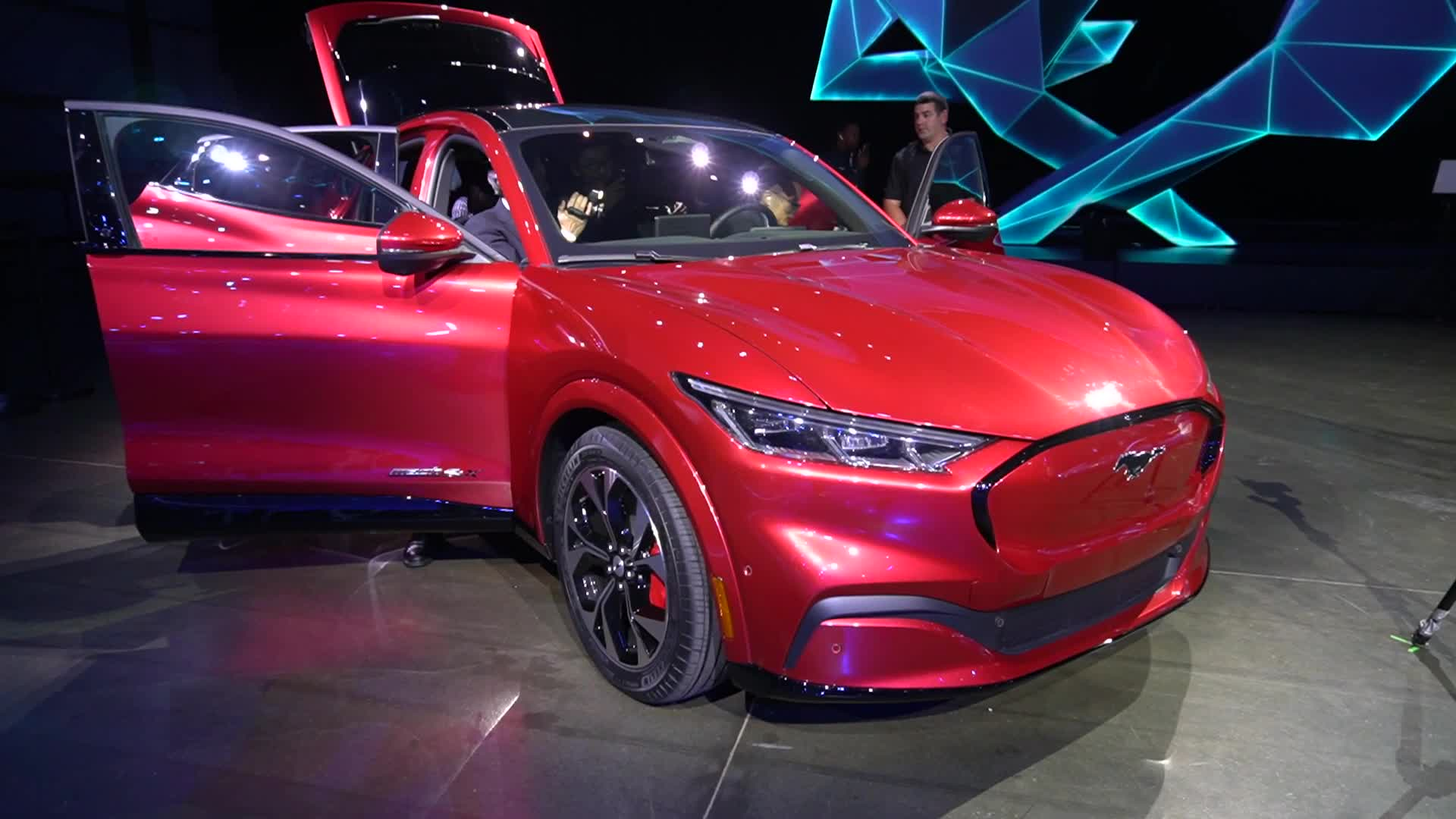 Auto, Autos, Elektroautos, NewGadgets, Elektromobilität, Johannes Knapp, Elektroauto, Ford, Fahrzeuge, Ford Mustang Mach-E, Ford Mustang