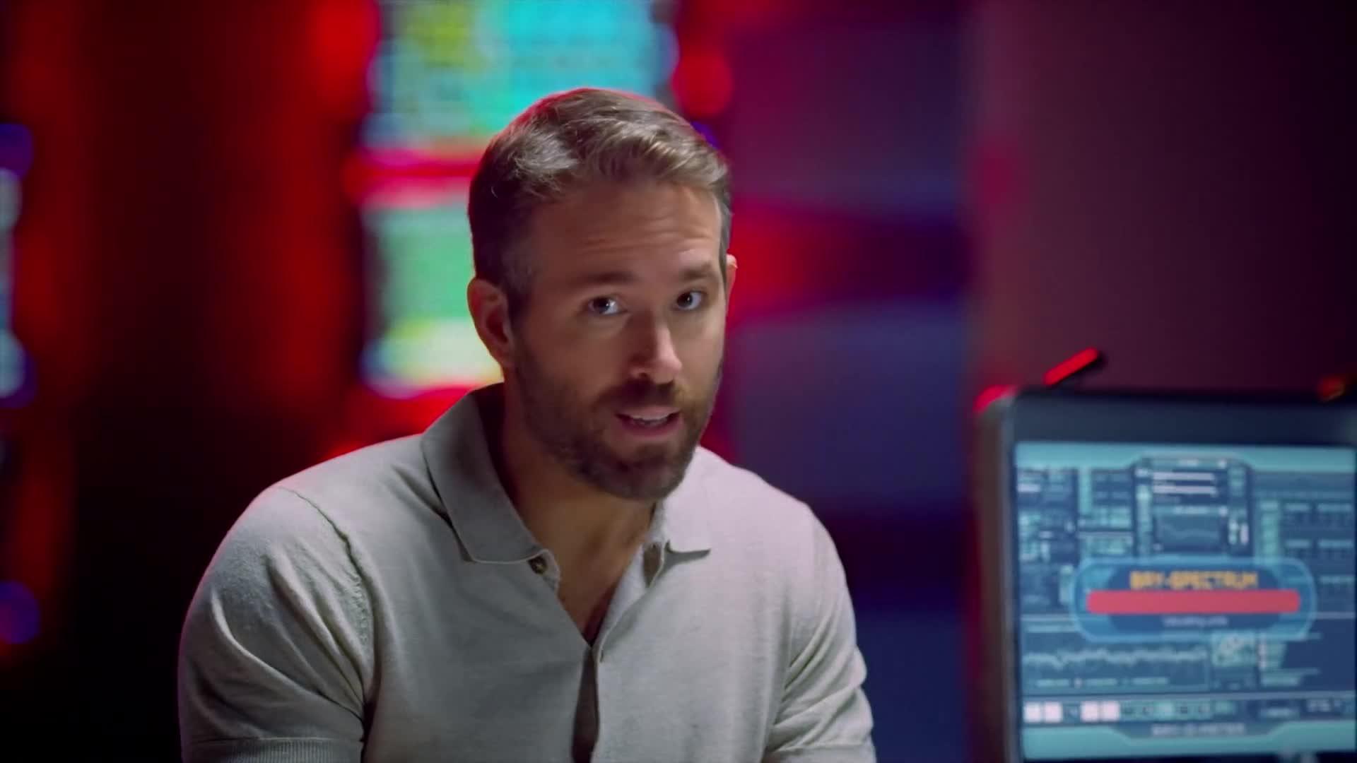 Trailer, Streaming, Film, Netflix, Ryan Reynolds, 6 Underground, Michael Bay