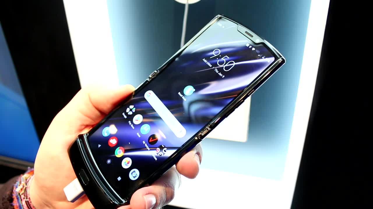 Smartphones, Handy, Lenovo, Hands-On, Ces, Motorola, Google Android, Faltbares Display, CES 2020, Moto, Klapphandy, Motorola RAZR