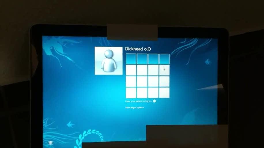 Windows 8, Pattern Login