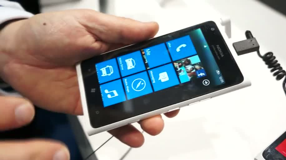 Nokia, Lumia, Hands-On, Nokia Lumia 900, lumia 900